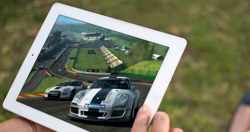 Real Racing 3 se actualiza con nuevos coches y competiciones