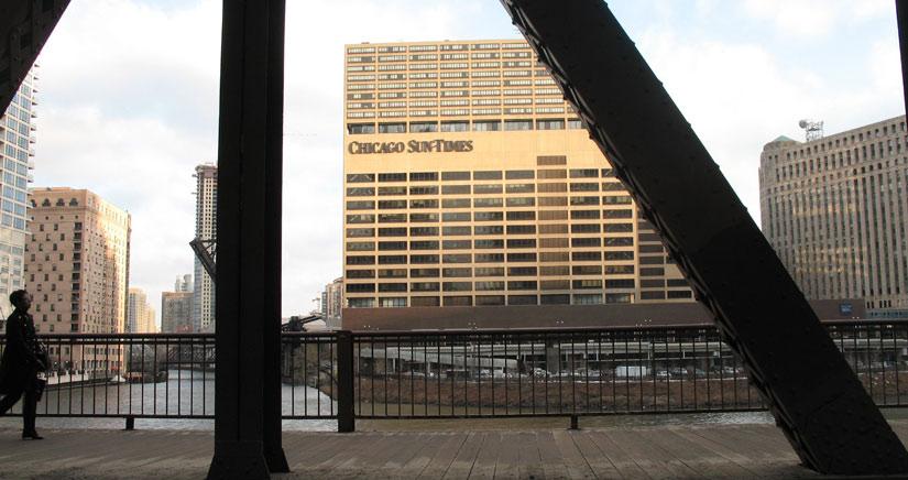 El Chicago Sun-Times despide a sus fotógrafos y los cambia por redactores con iPhone.
