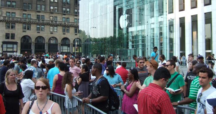 ÚLTIMA HORA:  los nuevos iPhone 5S y iPhone 5C arrasan.