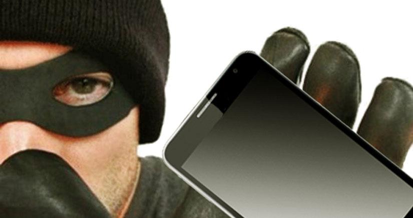 El ladrón de un iPhone escribe 1.000 contactos y se los envía al propietario por correo