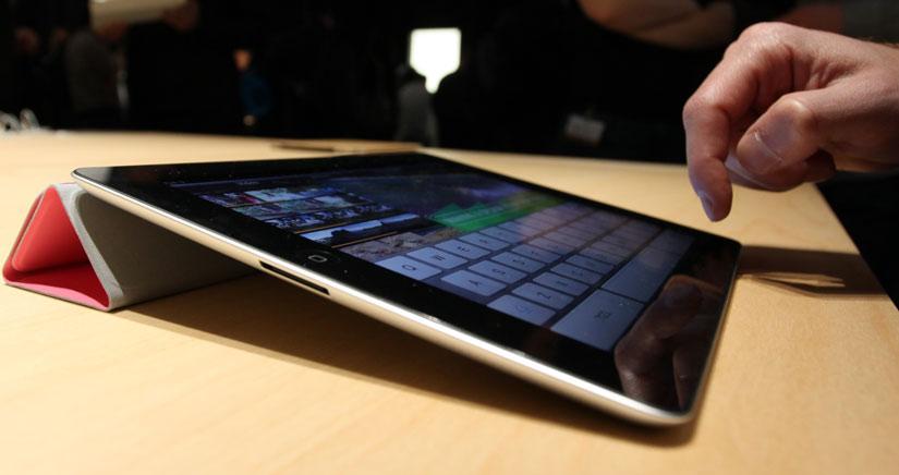 """Adiós al iPad 2, hola iPhone 5C """"económico"""" y… ¿iPad 4 otra vez?"""