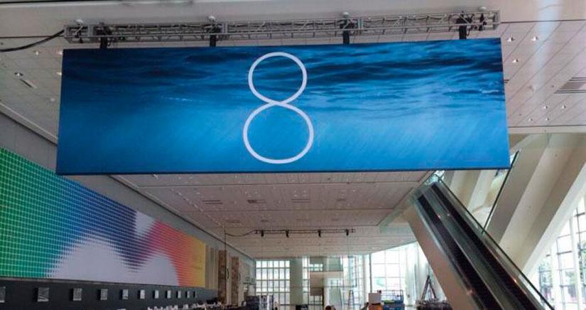 El Logo de iOS 8 se muestra ya en el Moscone Center, mira las fotos…