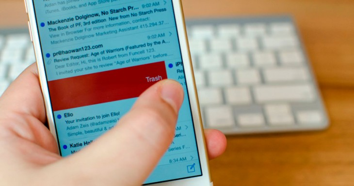 Cómo vaciar la papelera del correo de una vez desde el iPhone [Abrakadabra 121]