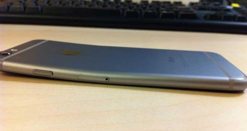 Apple dijo… Solo 9 personas se han quejado del #BendGate, pues aquí tienes un vídeo con 300 iPhone 6 doblados