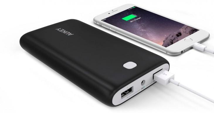 Aukey rebaja su batería externa de gran capacidad un 35%, corre….