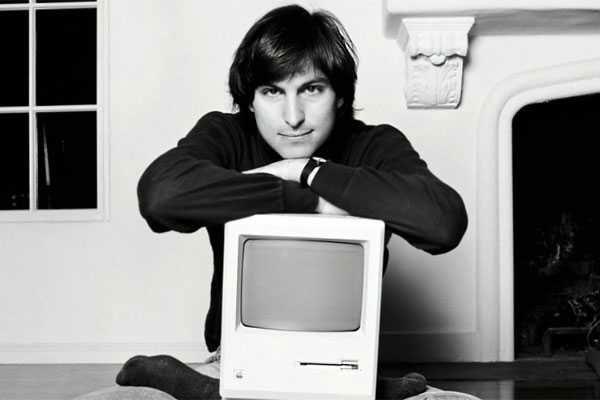 Steve_Jobs_Mac