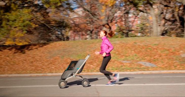 Este carricoche lo puedes controlar desde tu iPhone, y es cómo un Rolls Royce para bebés….