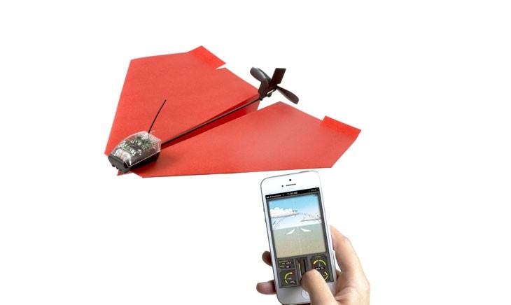 Avión de papel controlado por iPhone Powerup 3.0