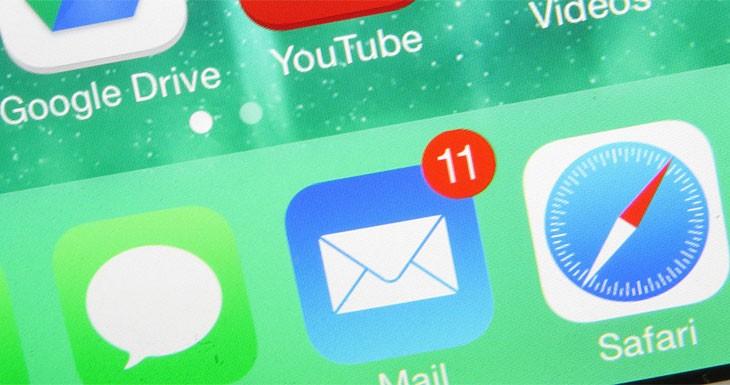 Algunos usuarios de iPhone están recibiendo emails de 1970, y no los pueden borrar…