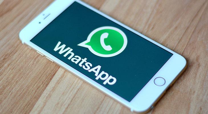 [Truco] Cómo escuchar los mensajes de voz de WhatsApp sin que nadie más los oiga