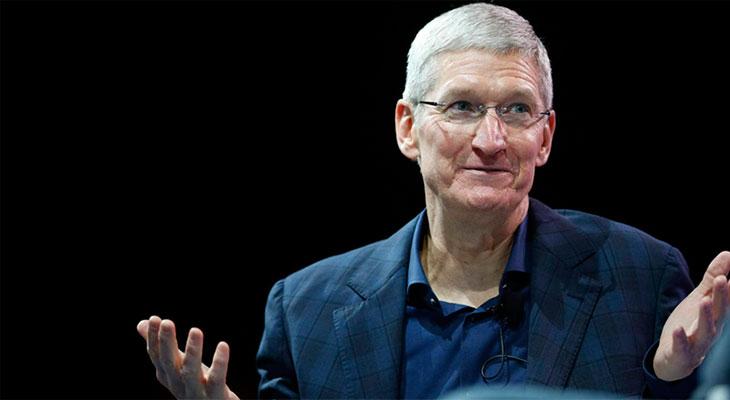 Tim Cook reconoce que el iPhone es caro