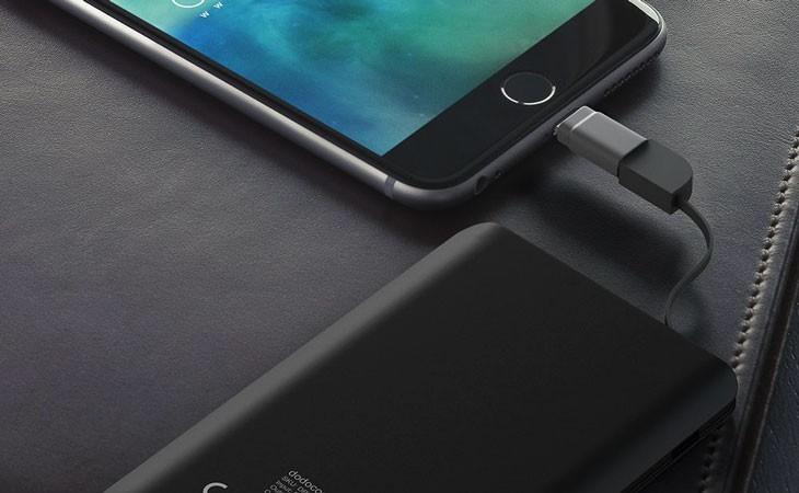 Batería externa ultra fina para iPhone