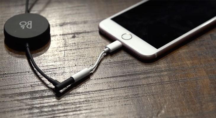 Este podría ser el adaptador Lightning oficial para el iPhone 7 [Vídeo]
