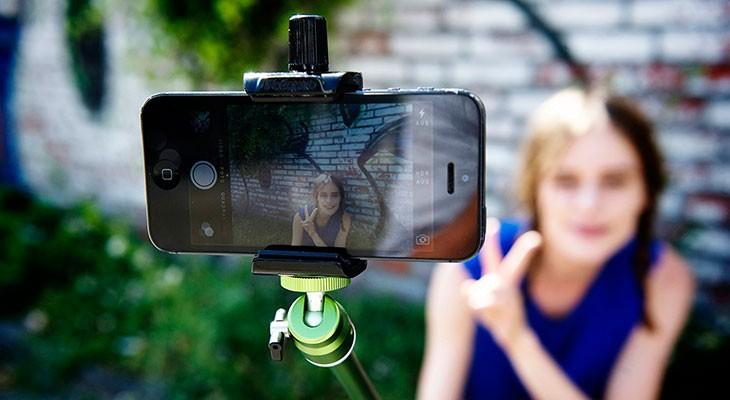 Los 5 mejores palos selfie para iPhone (7, 7 Plus, 6s, 6, SE, 5s…) y otros smartphones