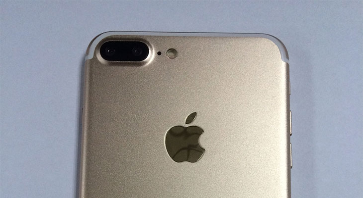 Se filtran más fotos del iPhone 7 y el iPhone 7 Plus, esta vez en color oro