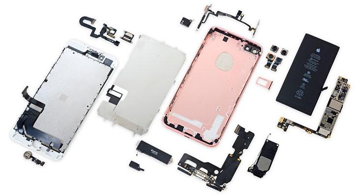 iFixit desmonta el iPhone 7 y revela qué ha hecho Apple con el espacio del conector jack