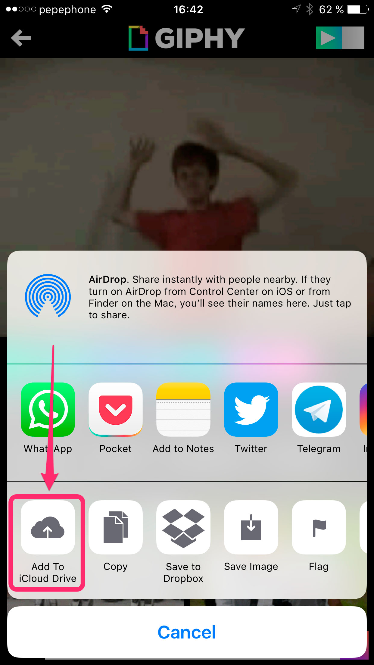 como mandar gif no whatsapp iphone 4