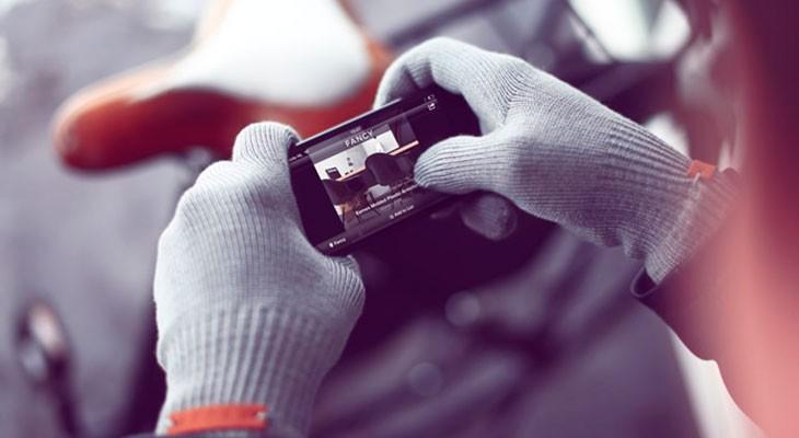 Los 9 mejores guantes para la pantalla táctil de tu iPhone, iPad u otros móviles y tablets