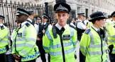 La policía británica utiliza métodos muy poco tecnológicos para saltarse el cifrado de los iPhones