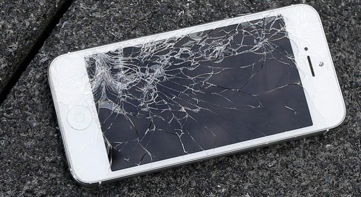 Los iPhones cuya pantalla haya sido reparada por un tercero ya no perderán la garantía