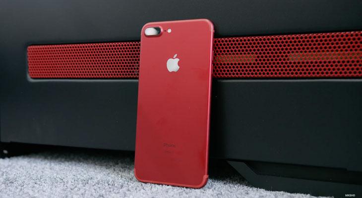 """Ya tenemos el primer """"unpacking"""" de un iPhone 7 Plus rojo [Vídeo]"""