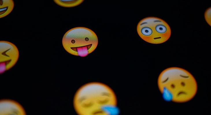 Los 5 mejores paquetes de emojis, stickers y emoticonos para iPhone