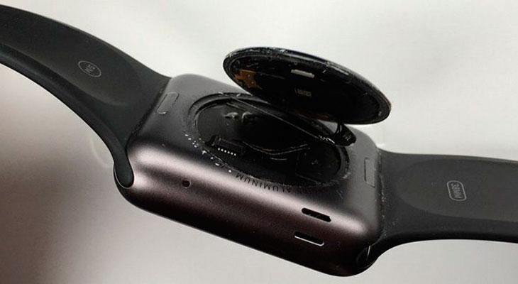 Si tienes un Apple Watch original al que se le ha despegado la tapa trasera, Apple te lo repara gratis