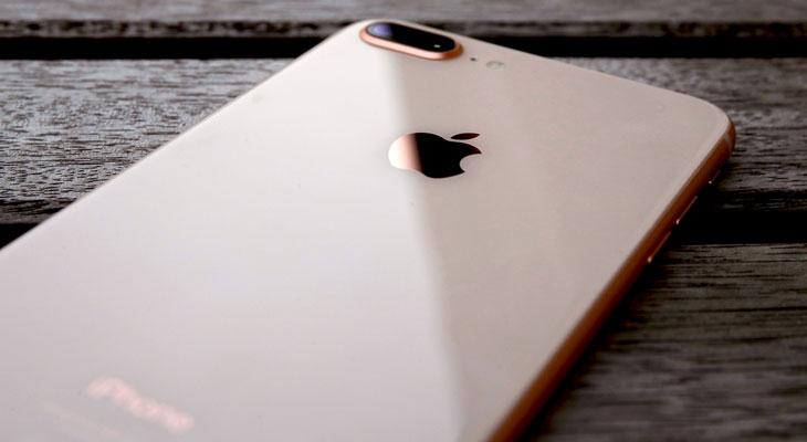 """Apple ya trabaja en una solución para el """"ruido estático"""" que afecta al iPhone 8 durante las llamadas"""