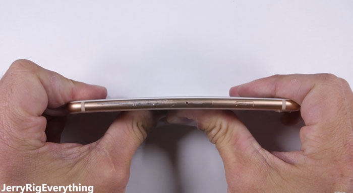 iPhone-8-bend-test