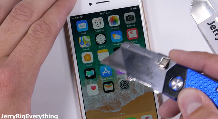 iPhone-8-test-resistencia-frontal