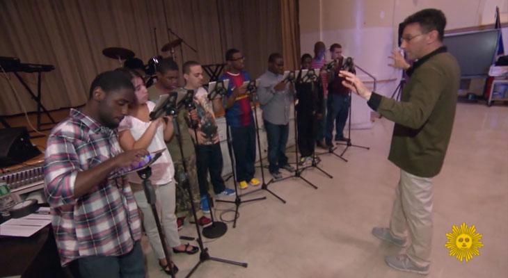 Ocho iPads cambian la vida de varios estudiantes con autismo, permitiéndoles crear música