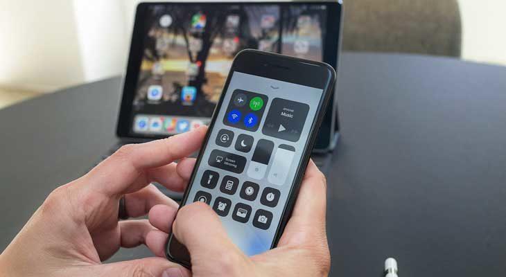 Cómo cambiar entre dispositivos Bluetooth fácilmente en el iPhone