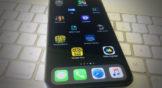 Cómo añadir espacios transparentes entre iconos del iPhone