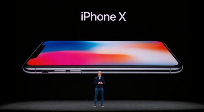Tim-Cook-Keynote-iPhone-X