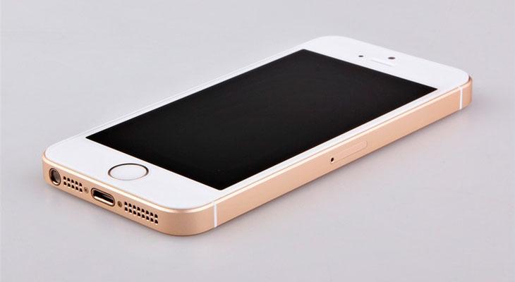 Aparece un vídeo de un supuesto iPhone SE 2 de cristal y con jack de audio