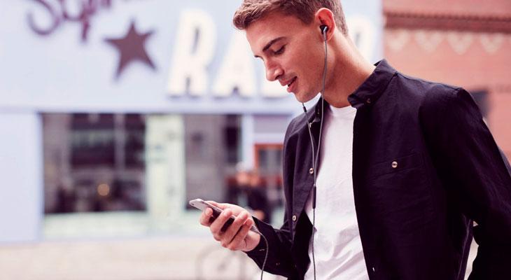 Cómo hacer que el volumen de las canciones sea constante en iPhone
