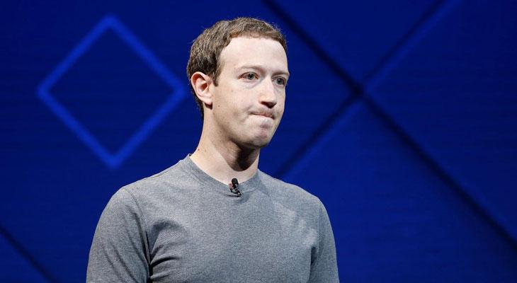 Facebook se cubre de gloria en dos días; tráfico de datos y 50 millones de cuentas robadas