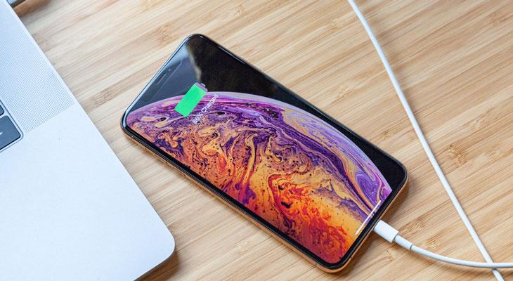 ¿Cuánto dura la batería del iPhone Xs? parece que menos de lo que Apple dice