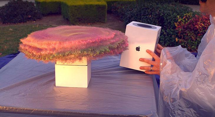 El mejor vídeo que verás este fin de año, la venganza con la caja del HomePod…