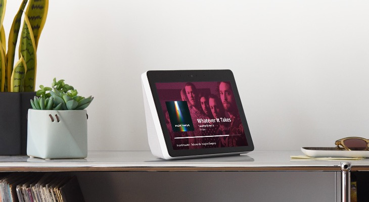 """El Echo show ya se puede reservar en España, así es el altavoz con pantalla de 10"""" de Amazon"""