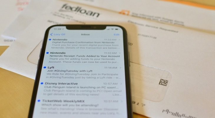 Cómo minimizar Emails en el iPhone
